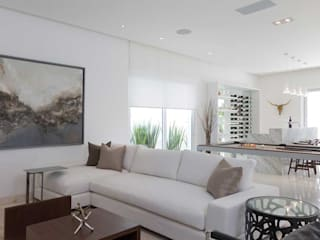 Casa Blanca: Salas de estilo  por Carlos De La Rosa