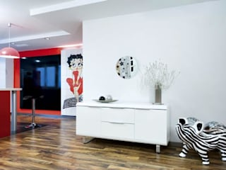 Modern dining room by Artelux Modern