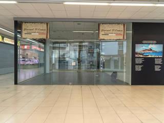 Espacio Inicial: Centros comerciales de estilo  de FPM Arquitectura