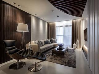 Interior Design - Ko Residence:   by 王子華設計工作室
