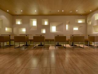 七叶和茶 上海香港名店街店 オリジナルなレストラン の 株式会社KAMITOPEN一級建築士事務所 オリジナル