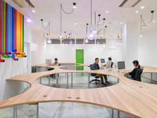 yudo office オリジナルな商業空間 の 株式会社KAMITOPEN一級建築士事務所 オリジナル