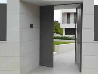 DMDV Arquitectos Minimalist style doors