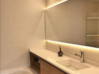 Interiorismo: Baños de estilo  por Kgarquitectura