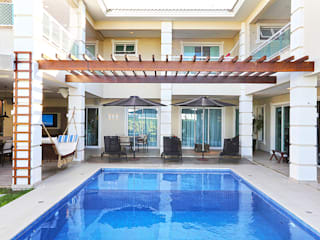 Residência Alphaville Fortaleza Casas modernas por RI Arquitetura Moderno