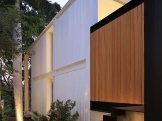 KSG HOME STUDIO: Casas de estilo moderno por Hernandez Silva Arquitectos