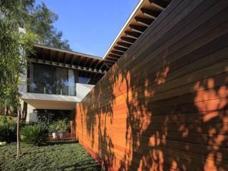 Modern houses by Hernandez Silva Arquitectos Modern