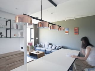 夢想與生活的後盾 現代廚房設計點子、靈感&圖片 根據 昕益有限公司 現代風