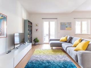 Ruang Keluarga oleh Facile Ristrutturare, Modern