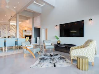 House Zimbali:  Living room by Urban Create Design Interiors ,