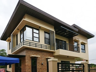 BALITE 2-STOREY HOUSE: asian  by CB.Arch Design Solutions, Asian