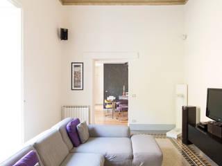 Il salone : Soggiorno in stile  di GD Architetture