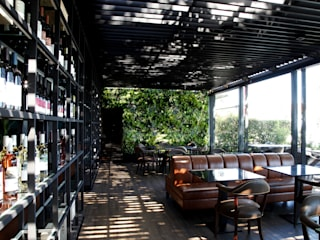 Wonder Wall - Jardins Verticais e Plantas Artificiais ระเบียง, นอกชาน