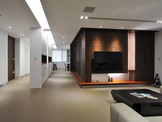 黃耀德建築師事務所 Adermark Design Studio Ingresso, Corridoio & Scale in stile minimalista