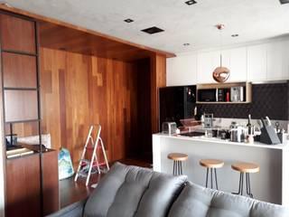 Projeto Apartamento Moderno na Vila Mascote.: Cozinhas  por Reformas Inteligentes!