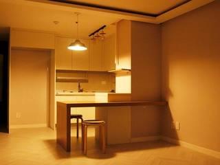 Modern dining room by 그리다집 Modern