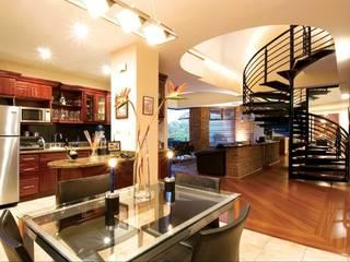 Diseño de Inmobiliarias:  de estilo  por Fabiola Castañeda Larios