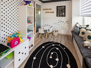 Nursery/kid's room by Spegash Interiors