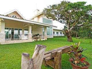 Casa de serra - Guamiranga CE: Casas  por RI Arquitetura