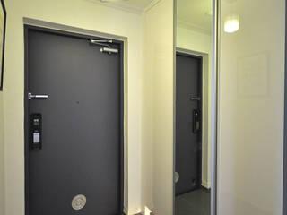 DESIGNCOLORS Modern corridor, hallway & stairs Grey