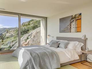 Rock Villa Pollentia Rentals Dormitorios de estilo moderno