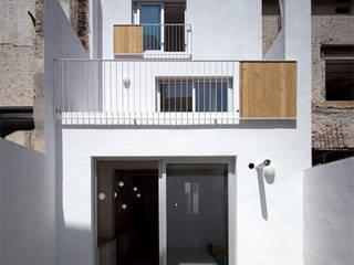 1405_DV Rehabilitación de vivienda unifamiliar en Badalona AlbertBrito Arquitectura Casas unifamilares Blanco