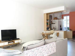Rénovation d'une maison de ville Salon scandinave par Sarah Archi In' Scandinave