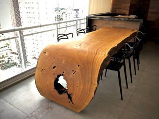 Mesa de Jantar em Madeira Maciça Orgânica (Curva) por ArboREAL Móveis de Madeira Moderno