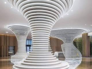 Ideas para Ocultar Columnas Paredes y pisos de estilo moderno de EnlaceArquitectura Moderno