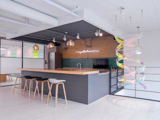 Modern offices & stores by SG international Modern
