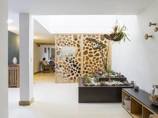 diseño interior jardín adentro Jardines clásicos de Adrede Diseño Clásico