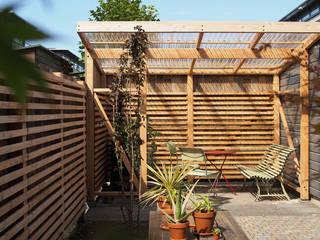 Prieel, Den Haag:  Tuinhuis door Bergblick interieurarchitectuur