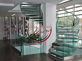 Curved Glass Stairs Grand Design Stairs Corridor, hallway & stairsStairs