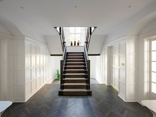 Heath House Patalab Architecture Modern corridor, hallway & stairs Solid Wood White