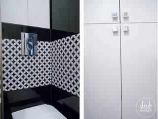 Biało-czarna toaleta - metamorfoza: styl , w kategorii  zaprojektowany przez Drob Design