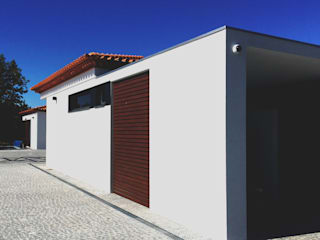 Modern houses by GAAPE - ARQUITECTURA, PLANEAMENTO E ENGENHARIA, LDA Modern