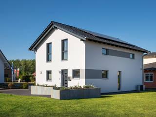 Rumah prefabrikasi by FingerHaus GmbH