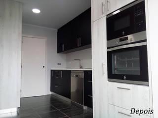 Apartamento Amadora:   por Espaços Renovados