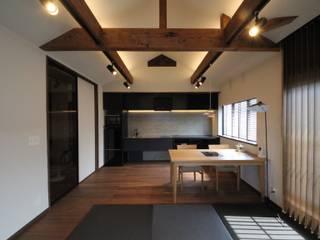 THT: <DISPENSER>architects 小野修 一級建築士事務所が手掛けたダイニングです。,