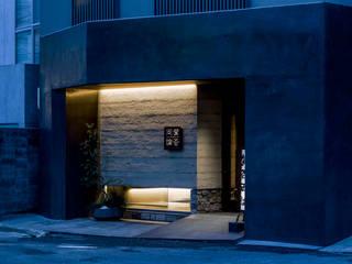 ESR: <DISPENSER>architects 小野修 一級建築士事務所が手掛けたレストランです。