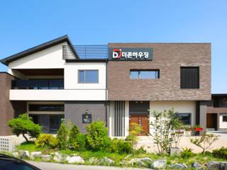 3세대 주택의 기능을 가진 고급 모던주택 by 더존하우징 모던