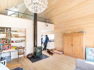 Modern Living Room by firm ZT GmbH Modern