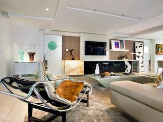 Salon moderne par RI Arquitetura Moderne