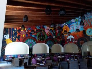 restaunrante mexicano Cancún Quintana Roo: Techos de estilo  por MUEBLES DE DISEÑÓ FIRV