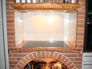 die schönsten rustikalen Küchen Deutschlands Rustikale Küchen von Heinrich-Wohnraumveredelung , Inhaber Ph. Lakomczyk Rustikal