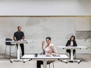 Dynamism, flexibility and movement without electricity for talent development:  de estilo  de Alegre Design