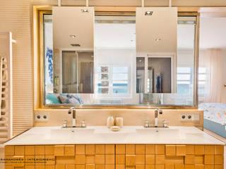 Lyte Iluminacion Modern bathroom