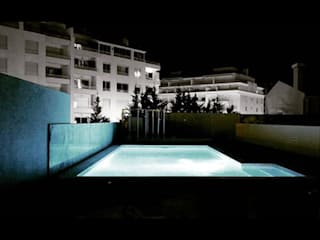 Pool space in Parede Lisboa Portugal:   por RS Grupo