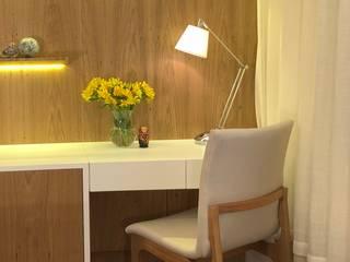클래식스타일 침실 by Marina Duzzi Arquiteta 클래식