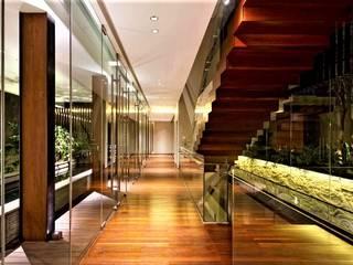 Koridor:   by Jati and Teak